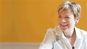 Marin Alsop conducts the Academy Symphony Orchestra